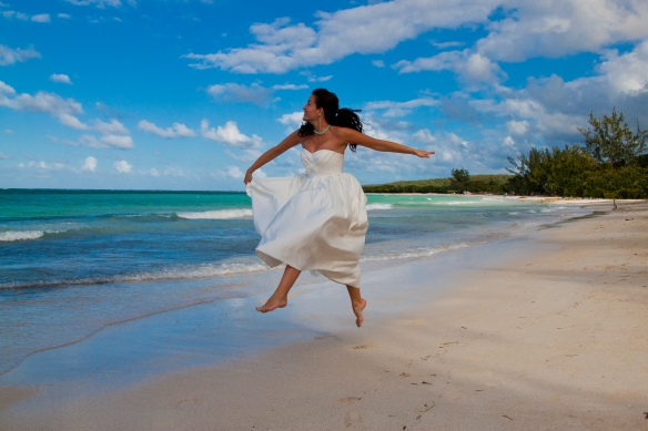 Beach wedding photos in Jamaica