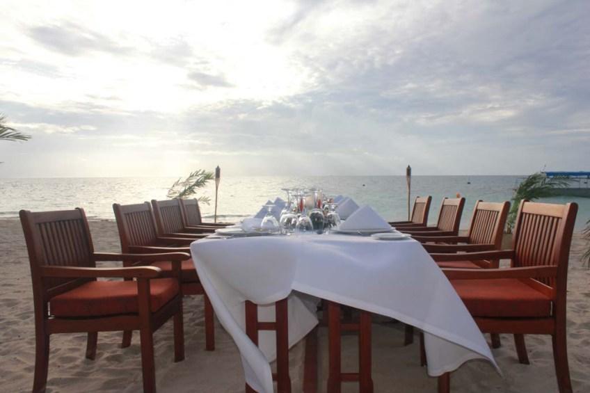 Dinner at Castaway Island, Fiji