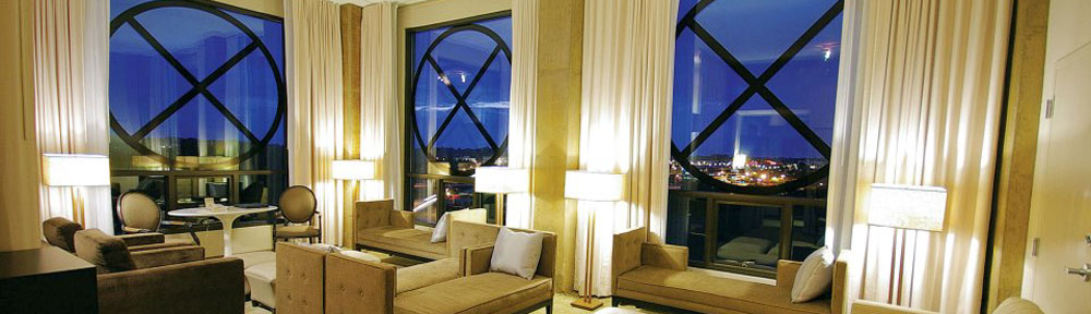 Proximity-Hotel-Room-Windows