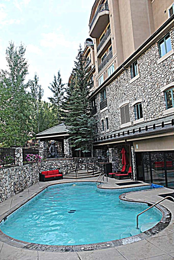 Beaver-Creek-Lodge-in-Colorado