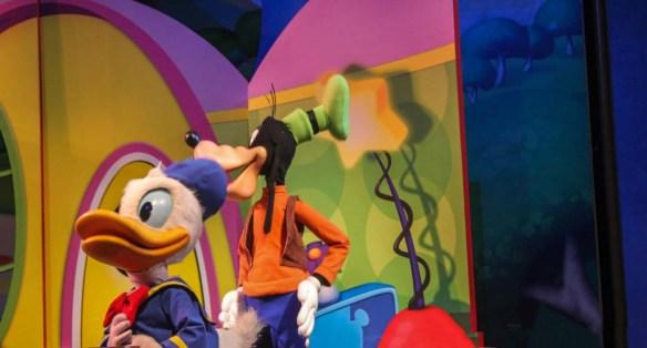 Disney Live Show - Donald Duck