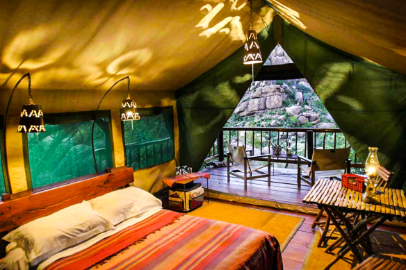 Erongo-Wilderness-Lodge-Rooms,-Namibia