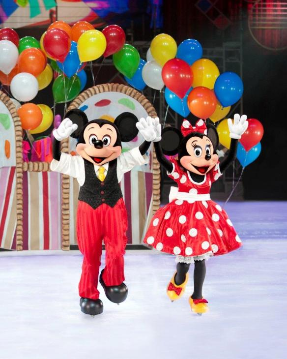 Mickey and Minnie, Disney On Ice