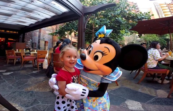 Minnie Mouse at the Character Breakfast, Aulani