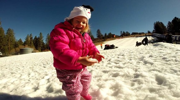 Playing in the Snow - Big Bear (1)
