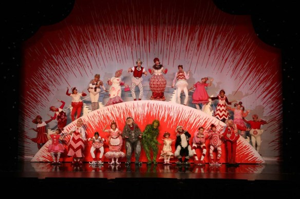 Segerstrom Center - GRINCH Company - Photo by PaparazziByAppointment.com_1