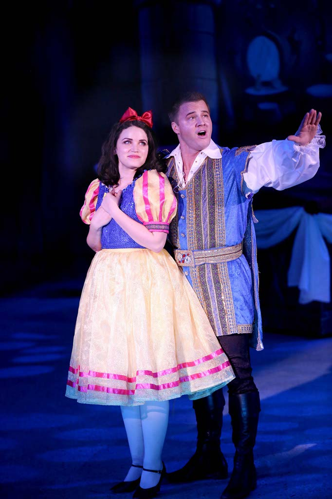 It's A Snow White Christmas at Laguna Playhouse | Bucket List ...