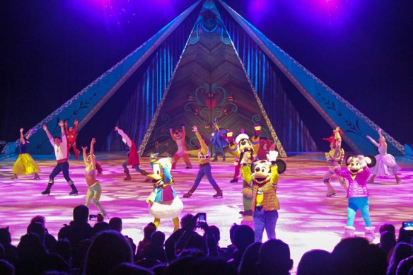 Mickey and Minnie at Disney On Ice