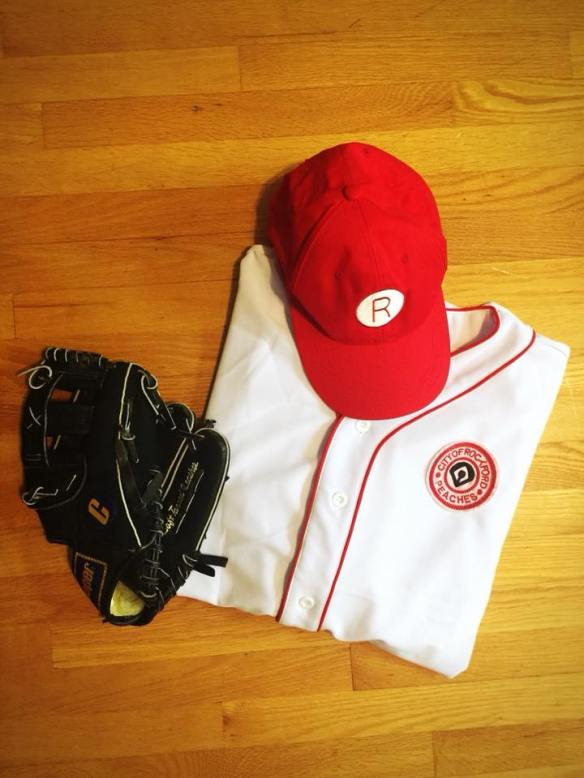 TV Store Online baseball costume